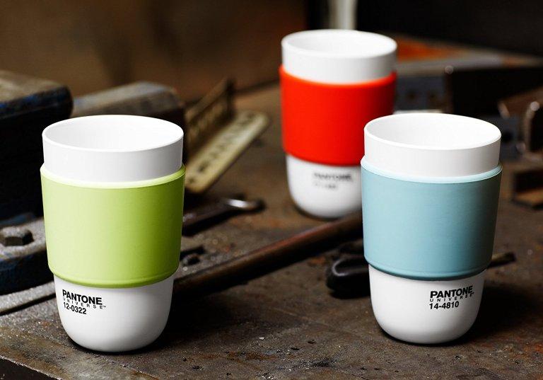 pantone-cups